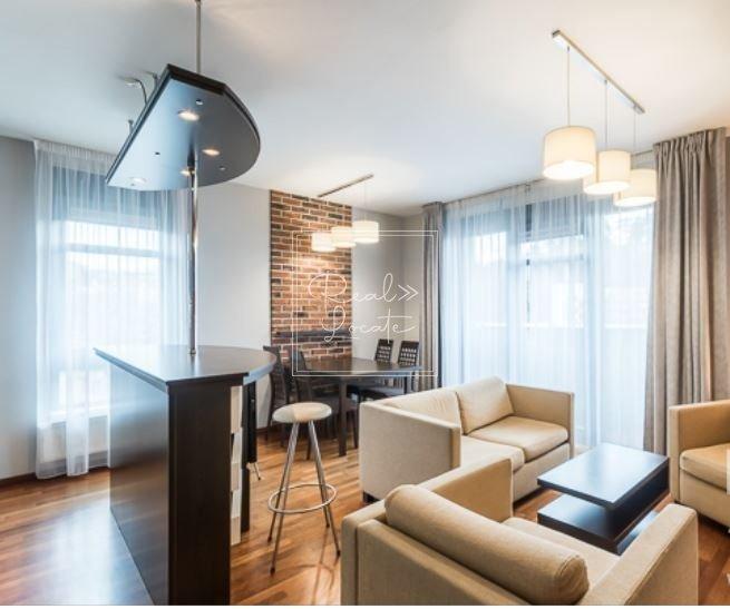 3-kk-classic-living room 1