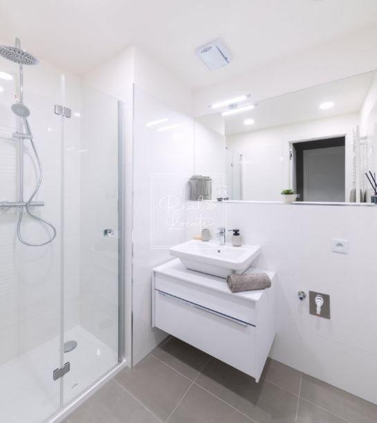 Depo Grebovka 3kk bathroom