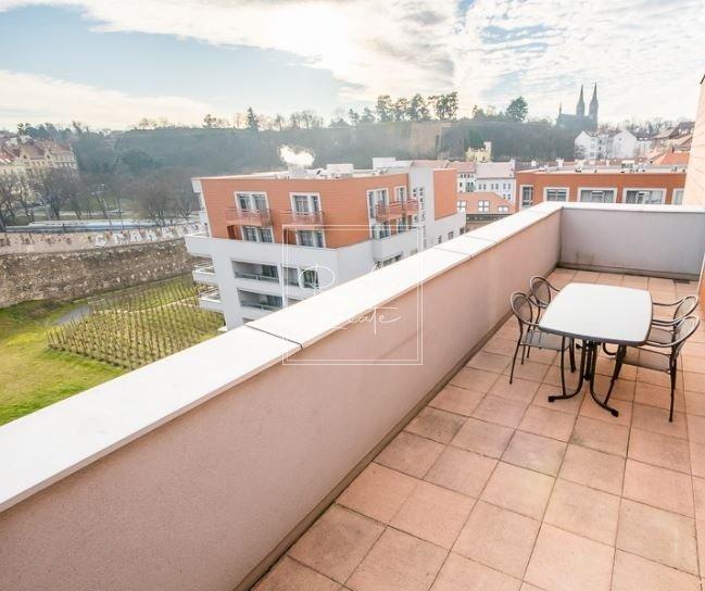 4-kk-premium-terrace view