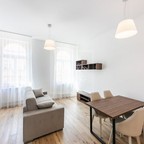 Prodej, byty 2+kk, 69m2 – Praha – Smíchov